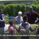 Terrell Owens Donates Time for Mothers' Day